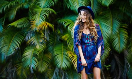 Monyca Eleogram faz campanha Roxy 2016