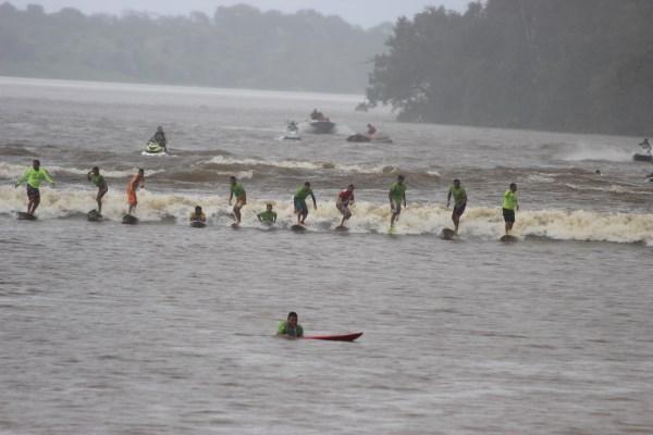 18º Surf na Pororoca de São Domingos do Capim-Quebra do Recorde Brasileiro-Foto-Jeremy Dias (9)