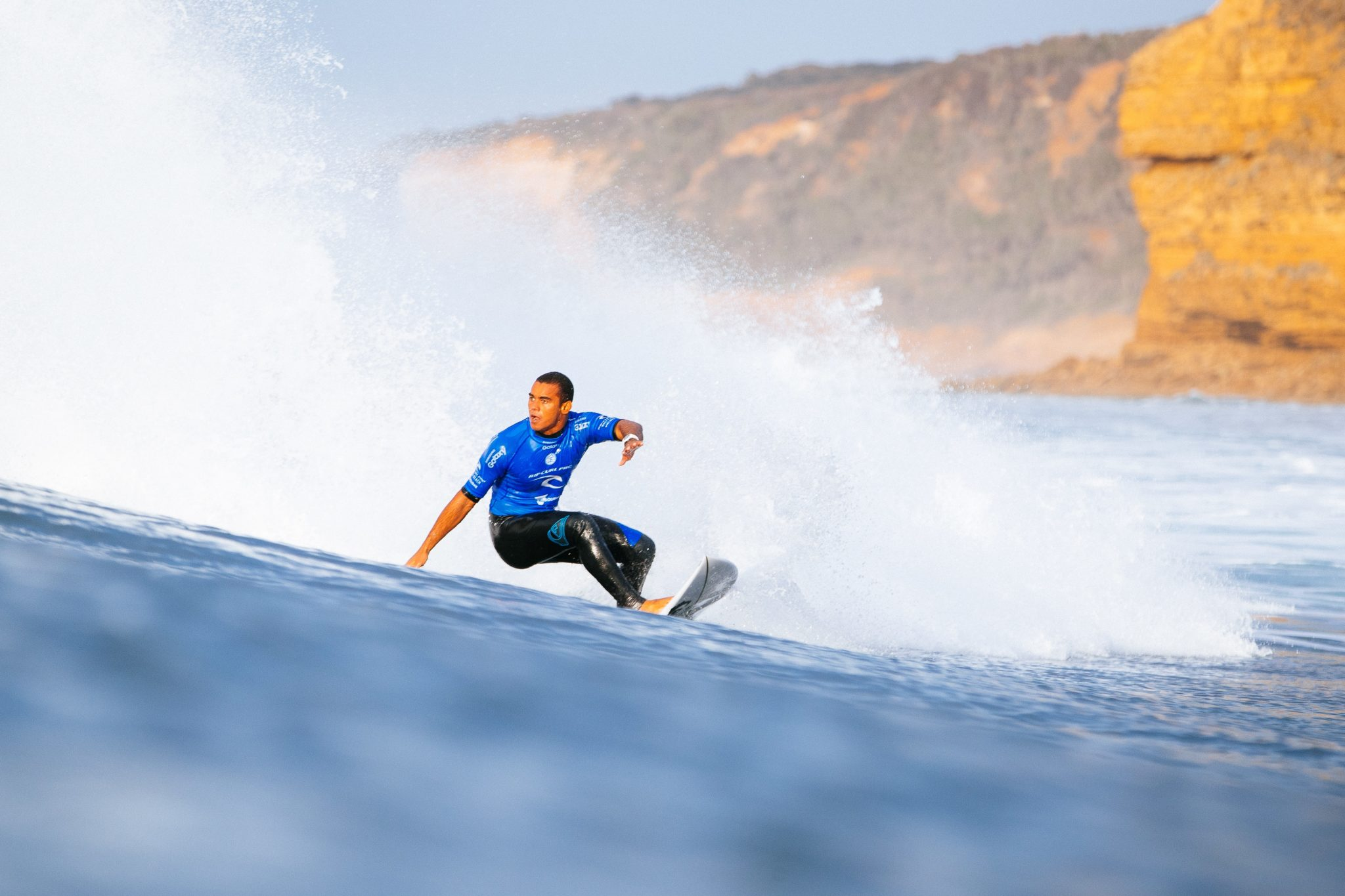 Wiggolly Dantas on the way to winning his Round 4 heat.
