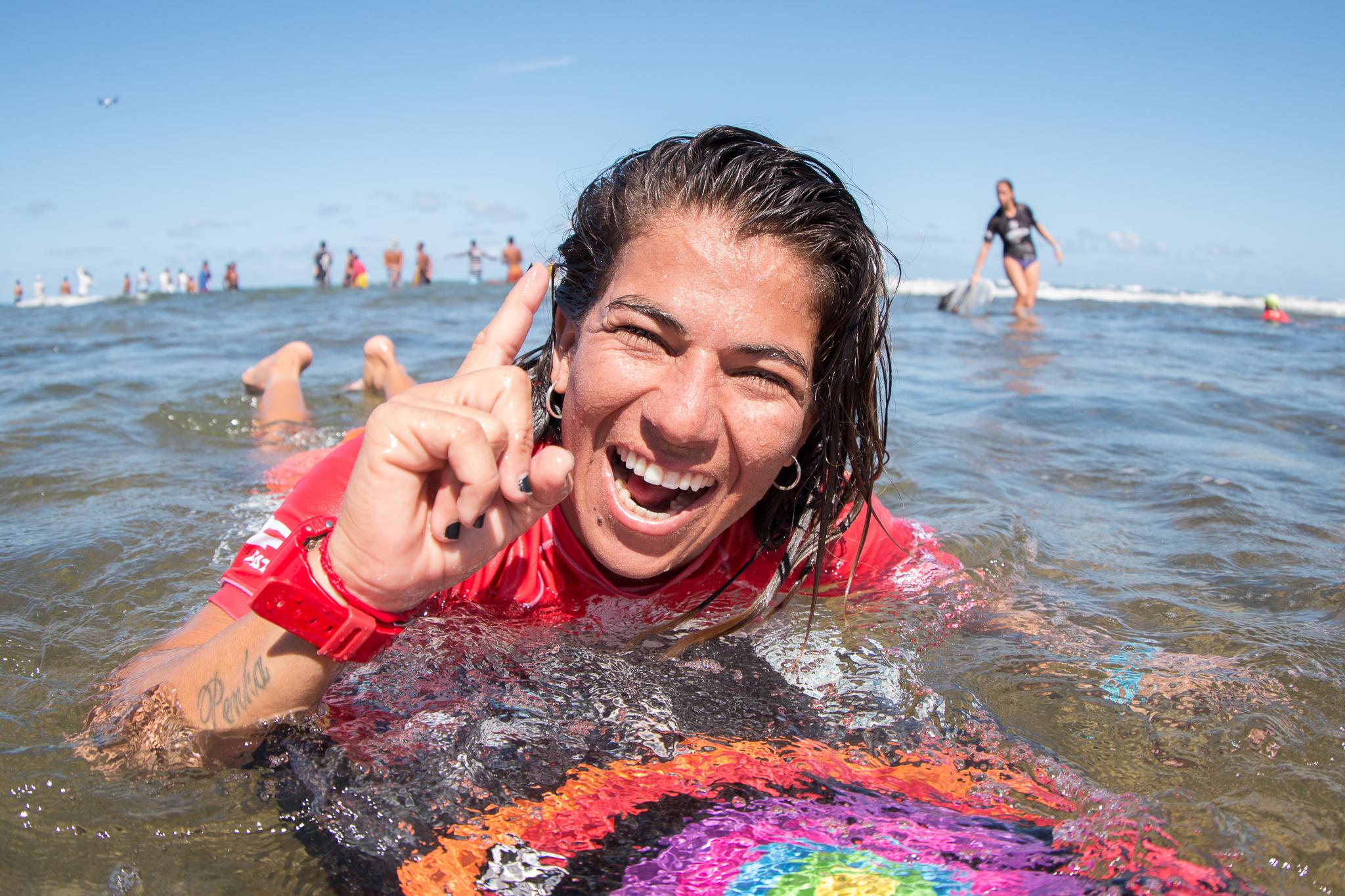 Silvana Lima na Praia do Forte / Foto Luca Castro