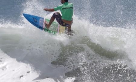 Surfistas renomados foram atrações no Surfing Games
