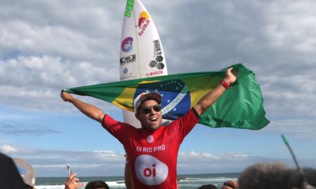 Mineirinho vence o Oi Rio Pro, em Saquarema