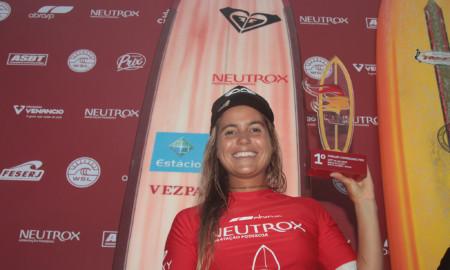 Chloé Calmon vence a Longboard no Neutrox Weekend