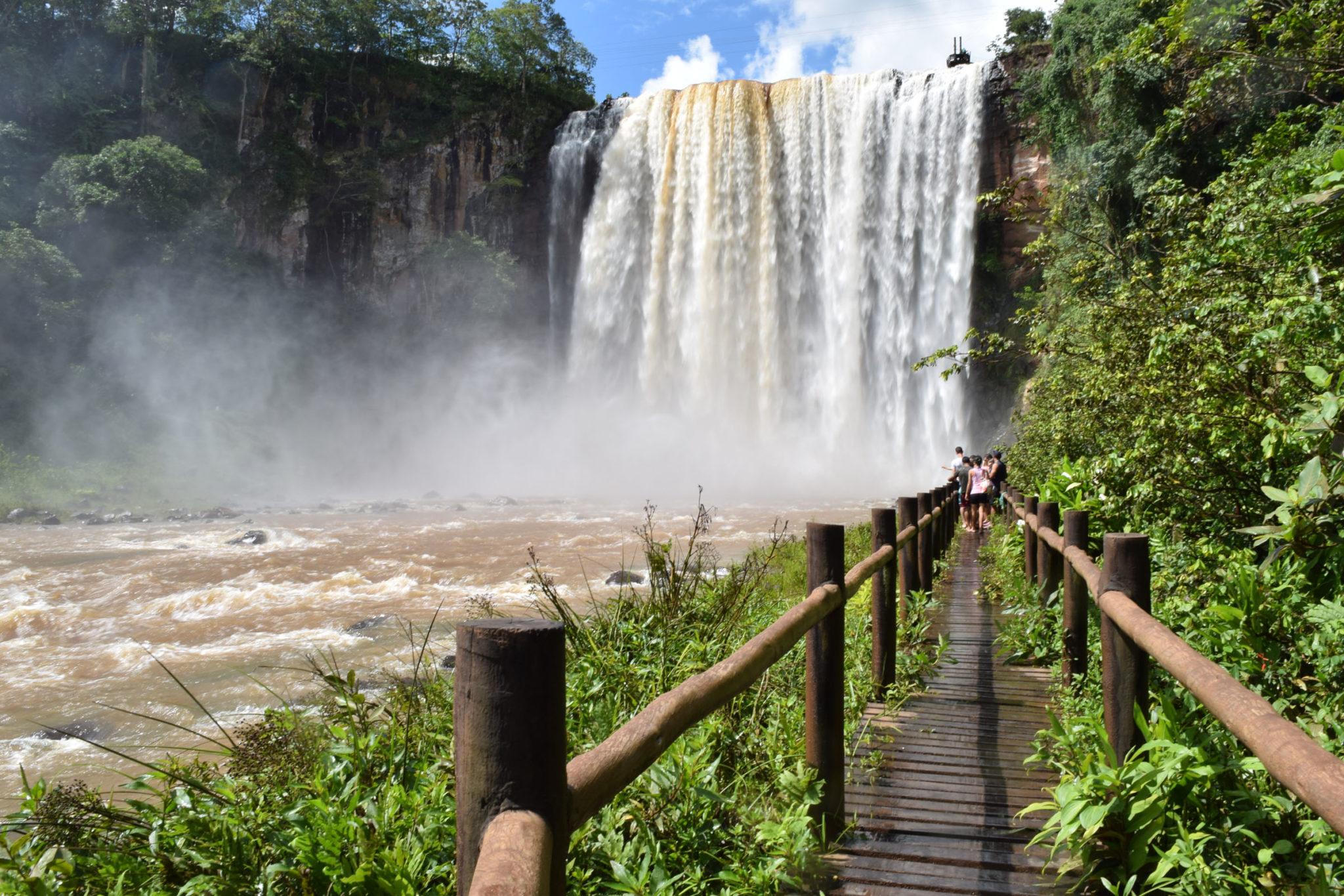 Cachoeira Salto Majestoso em Costa Rica (Divulgação)