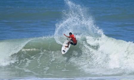 Hang Loose Surf Attack será na Praia do Tombo