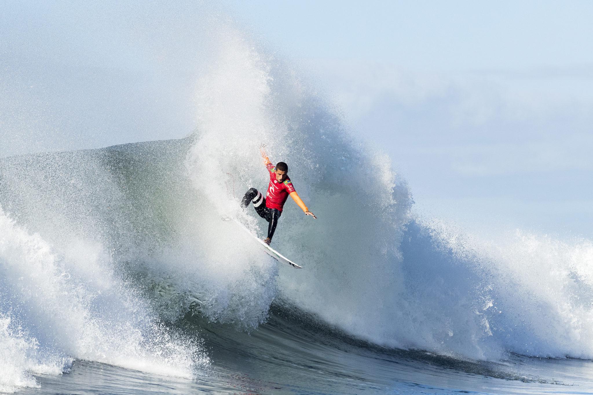 Filipe Toledo (SP) (@ WSL / Kelly Cestari)