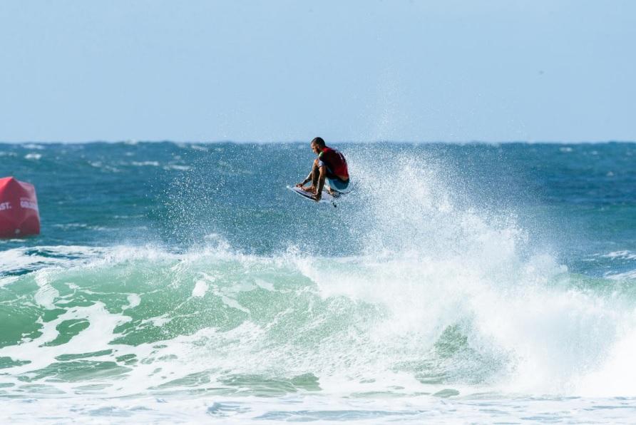 Filipe Toledo (SP) (@WSL / Ed Sloane)