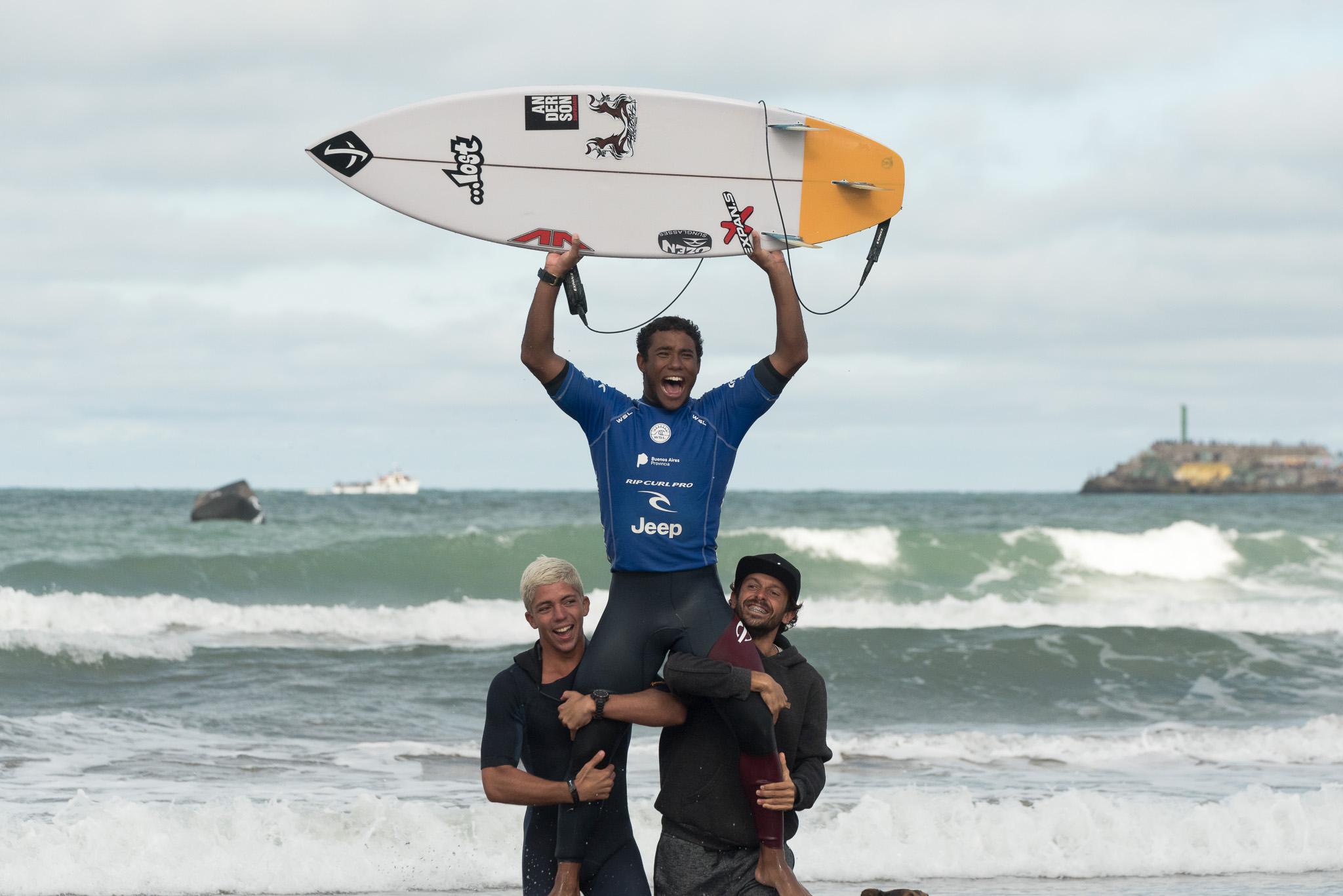 Wesley Santos (BRA) (Beto Oviedo / Surfing Latino)