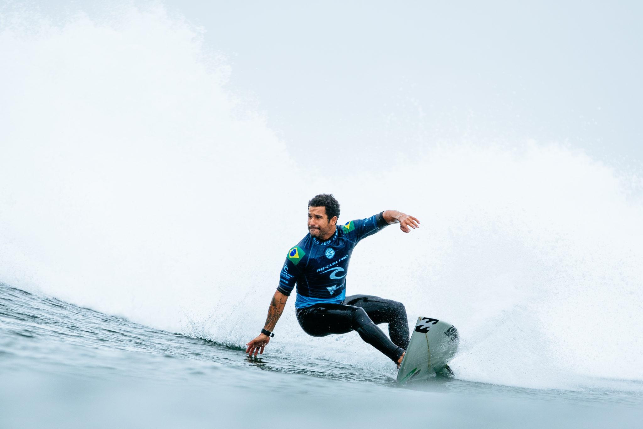 Italo Ferreira (RN) (@WSL / Ed Sloane)