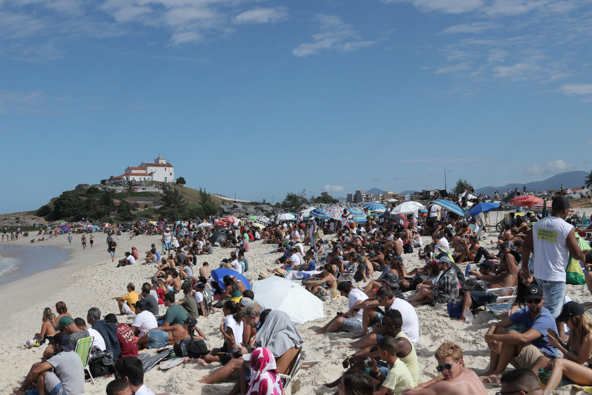 Crowd at the Barrinha Beach at the Oi Rio Pro in Saquarema, Rio de Janeiro, BRA.