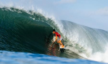 Três brasucas avançam em Bali