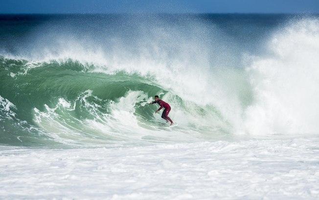 WSL/ Damien Poullenot Fonte: Esporte - iG @ http://esporte.ig.com.br/maisesportes/surfe/2018-05-18/filipe-toledo-saquarema.html  Fonte: Esporte - iG @ http://esporte.ig.com.br/maisesportes/surfe/2018-05-18/filipe-toledo-saquarema.html