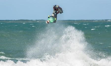 Bruno Jacob se apresenta no Circuito Baiano de Jet Ski