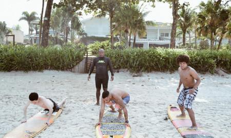 Vendedores conectados ao surf