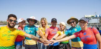 Surfistas unidos (@WSL / Kelly Cestari)
