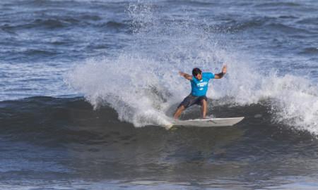 Tríplice Coroa Havaiana começa com vitória brasileira