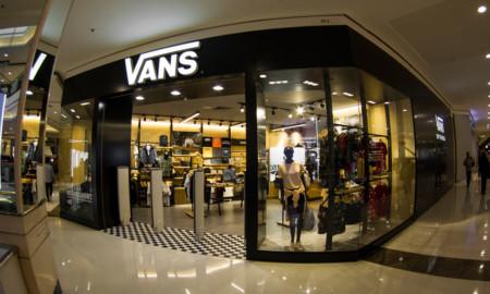 Vans inaugura primeira loja no Brasil