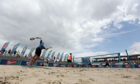 ITF de Beach Tennis reúne os melhores do mundo em Guarujá