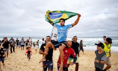 Alex Ribeiro vence o QS 6000 de Newcastle