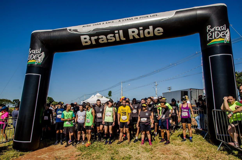 Largada na abertura da Brasil Ride Trail Run Series (Ney Evangelista / Brasil Ride)