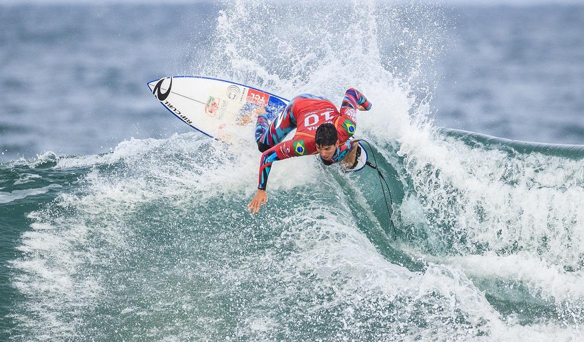 Gabriel Medina (SP) (Kelly Cestari / WSL via Getty Images)