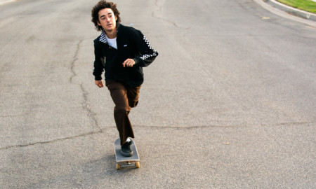 Novo estilo no vestuário de skate masculino