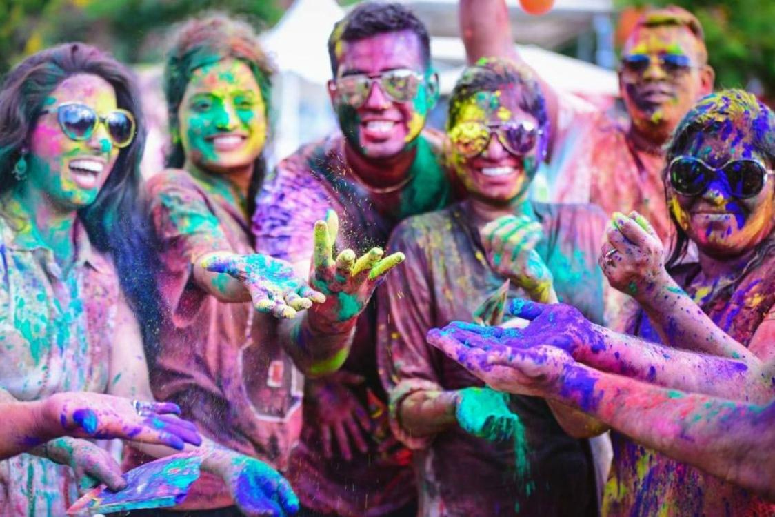Amizade em meio às cores  (Divulgação)