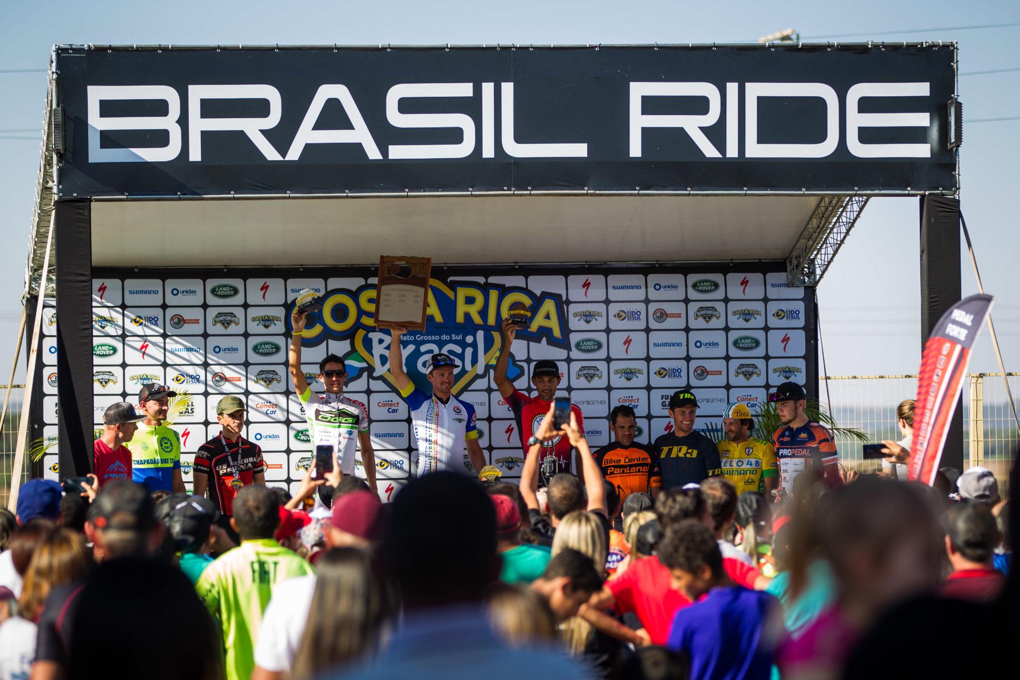 Pódio da elite masculina  (Fabio Piva / Brasil Ride)