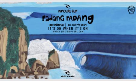 Período de espera por ondas tubulares no Rip Curl Cup Padang Padang