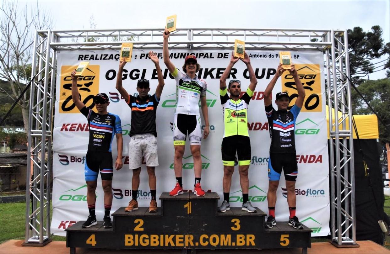 Bruno Lemes no Pódio do Oggi Big Biker Cup 2019 / Foto Divulgação