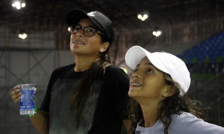 As meninas representaram no Mundial de Skate Street na sexta-feira