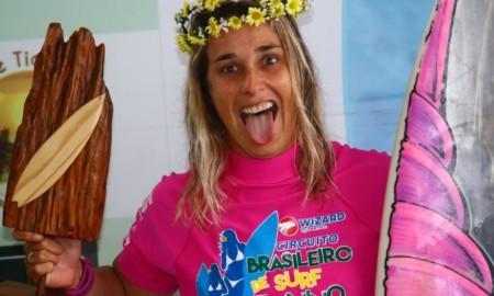 Vídeo mostra a conquista dupla de Camila Cássia em Ubatuba