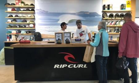 Rip Curl Brasil promove 'The Search' com parceiros comerciais