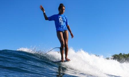 Maria Fernanda Reyes é bicampeã no Rincon Surf Fest de Longboard