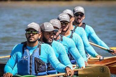 Remadores da Amazônia focados no título do Aloha Spirit em Cabo Frio