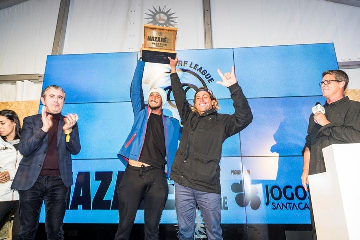 Lenny e Chumbro campeões em Nazaré / Foto Poullenot - WSL