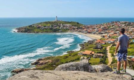 Farol de Santa Marta está novamente de braços abertos ao turismo