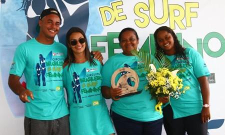 Pandemia do Covid-19 faz Família Dantas adiar o Brasileiro de Surf Feminino