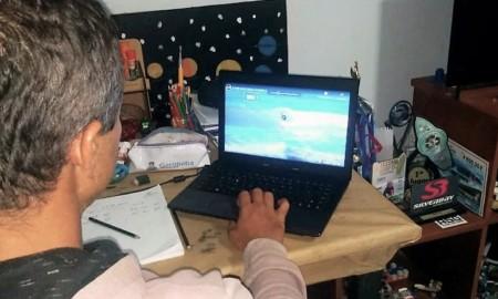 Etapa virtual define campeões e faz história no surf competição