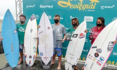 George Alves, Kemily Sampaio, Tierres Alves e Davi Jihad são os vencedores na abertura do 25º A Tribuna de Surf Colegial