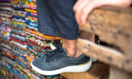 Michael February assina coleção Surf Trunk 2.5 em parceria com a Vans