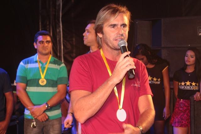 Cerimônia de entrega do Troféu do Recorde / Foto George Noronha)