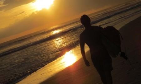 """""""O melhor treino para o surf é surfar… Será?"""
