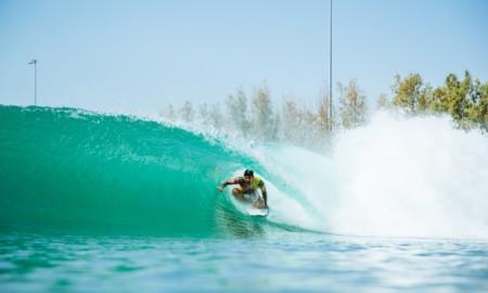 Medina faz os recordes no Surf Ranch Pro e garante vaga na final no Rip Curl WSL Finals