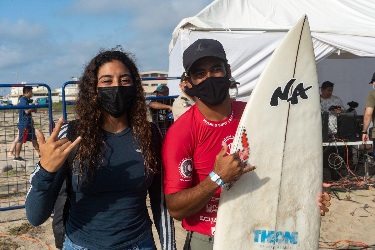 Daniella Rosas e Edgard Groggia (Crédito: Kevin Moncayo / Corona Salinas)