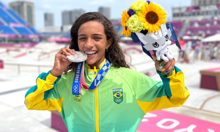 Skatista Rayssa Leal é a atleta mais jovem a conquistar uma medalha em Olimpíadas